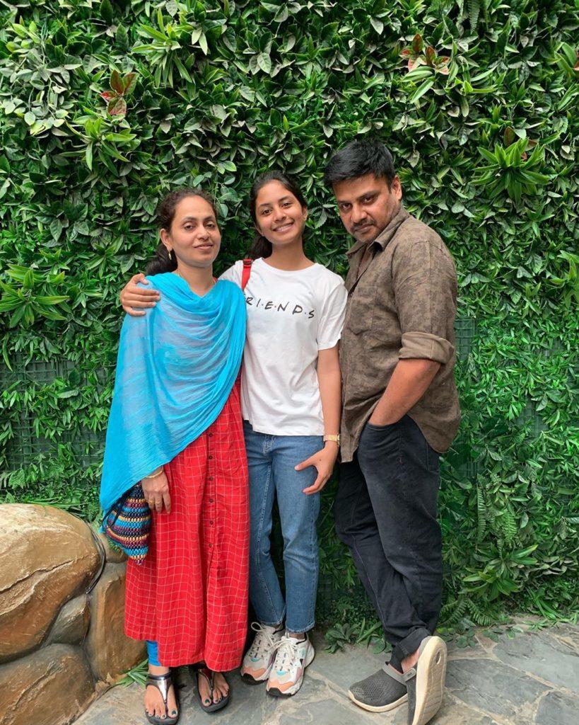 Hazel Shiny Family Photo