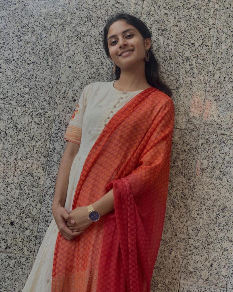 Hazel Shiny in Chudithar