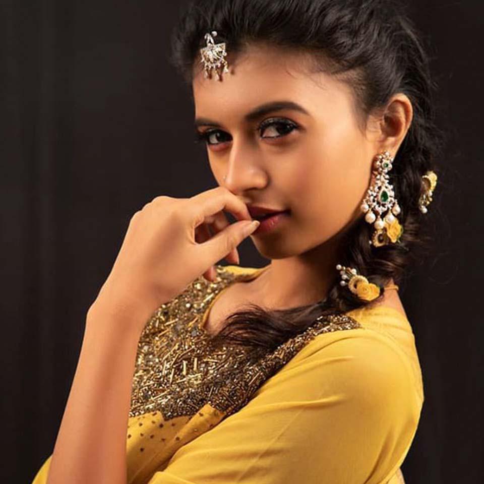 Eruma Saani Harija Hot Look