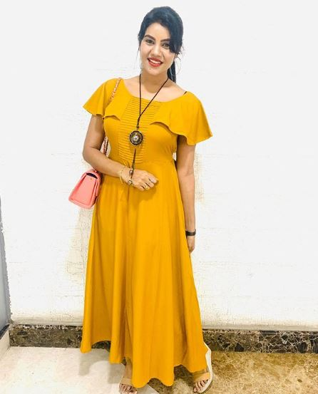 Nivisha in Yellow