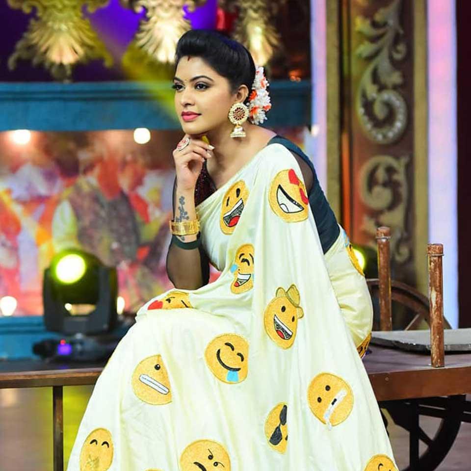 Rachitha Mahalakshmi in saree