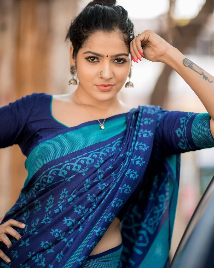 Vj Chithra Hot Look