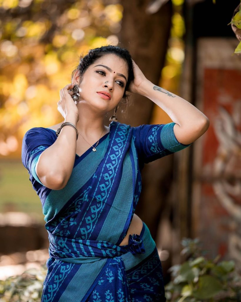 Vj Chithu Hot Look