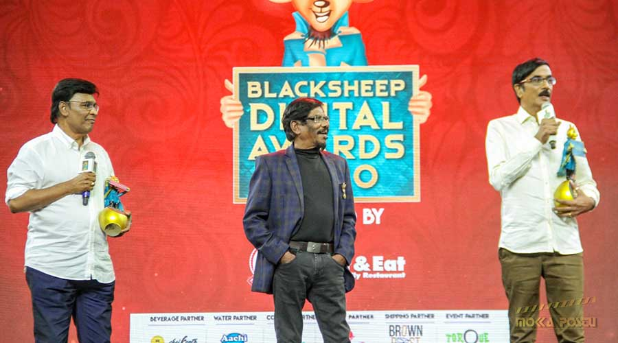 Manobala in Awards event