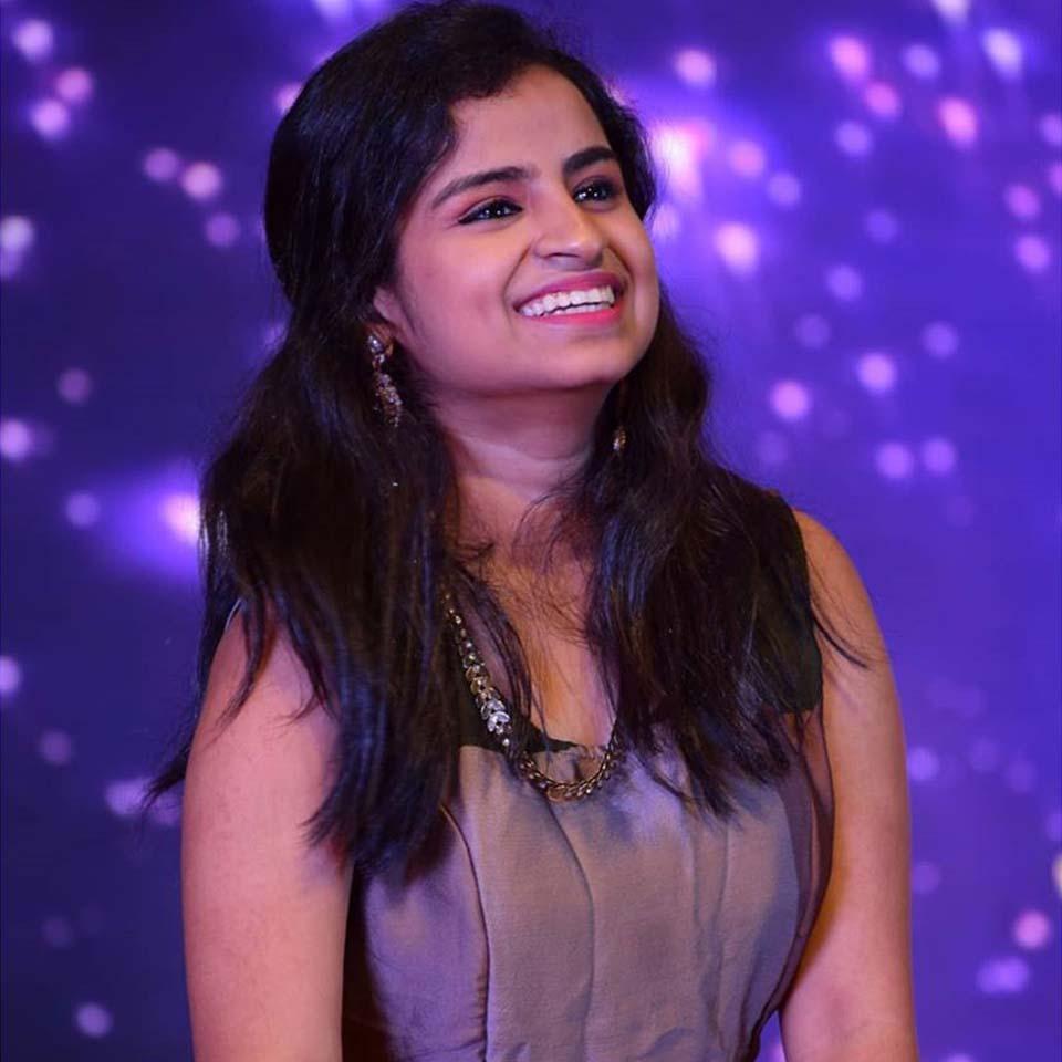 Sivaangi (Shivangi) Biography, Age, Shows, Family, Husband & Contact no