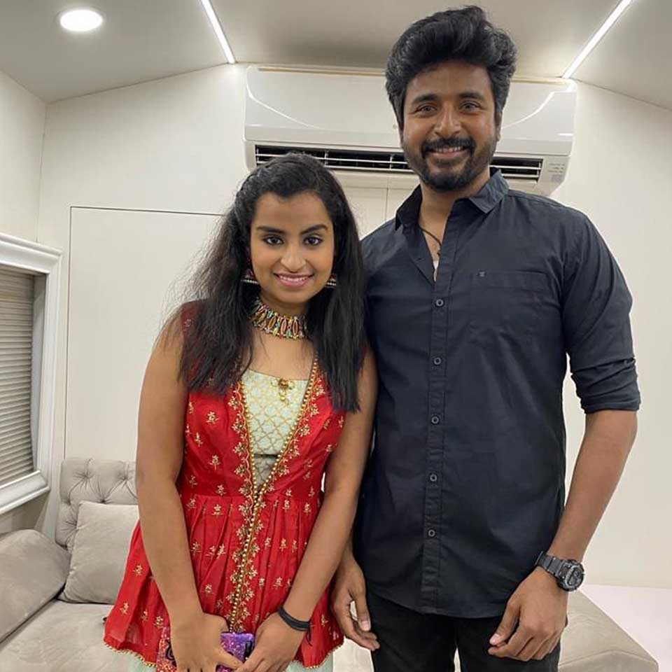 Sivaangi with actor Sivakarthikeyan