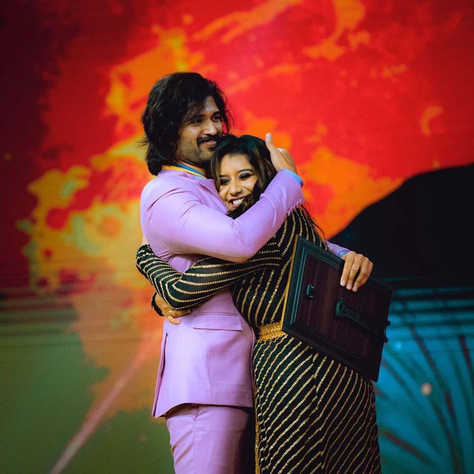 Anchor Priyanka with Vijay Devarkonda