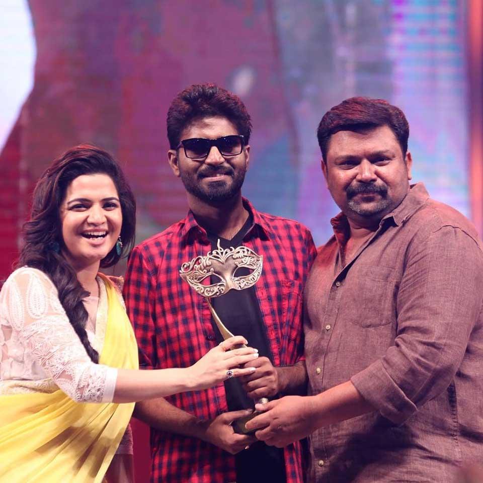 Ma Ka Pa Anand with DD and Gopi